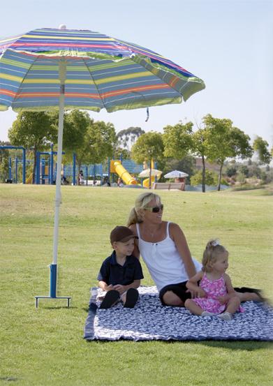 stomper beach umbrella holder family
